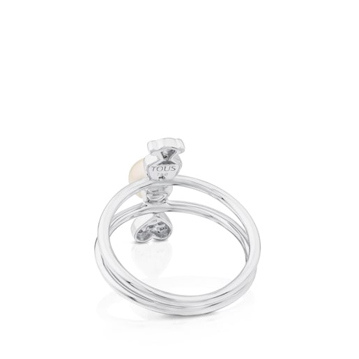 White Gold Puppies Ring with Diamonds and Pearl.