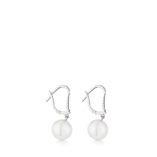 White Gold Les Classiques Earrings with Diamond and Pearl
