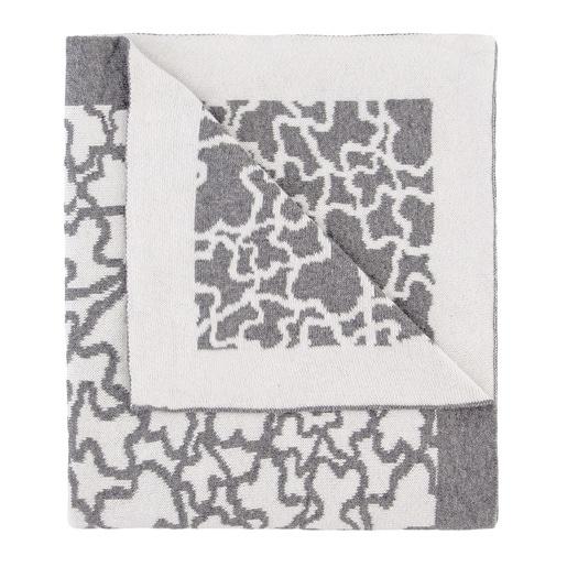 Kaos reversible blanket in white