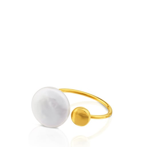Alecia Ring in Gold with Pearl.