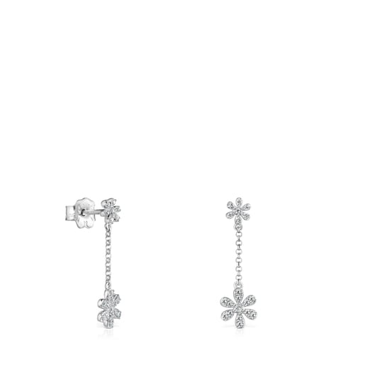 Short White Gold and Diamonds Blume Earrings